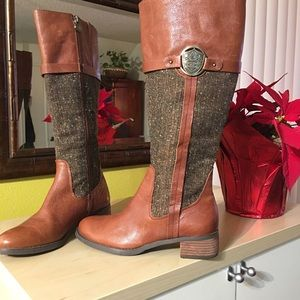 Etienne Aigner Womens Tweed/Leather Boots